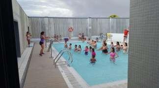 Ultimos días para inscribirse en los Cursillos Natación de verano en la Piscina Municipal