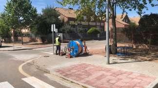 Desde hoy, y hasta final de mes, cortes ocasionales de tráfico por las obras de instalación de fibra óptica a Quer