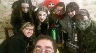Sesenta niños se lo pasaron de miedo en la yincana terrorífica