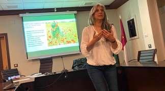 Conchi Bargiela impartió un taller sobre el empoderamiento de la mujer