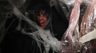"""Cerca de trescientos seteros """"desaparecen"""" en el Laberinto del Terror de Halloween"""