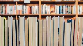 X Aniversario Biblioteca. En marcha un concurso para crear el logotipo de la Biblioteca Municipal de Quer