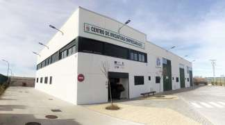El Ayuntamiento apoya a los emprendedores del CIES Quer en este momento de crisis